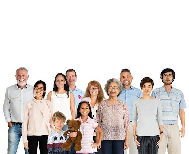 人の世代の多様性は、一緒にスタジオを隔離 Premium写真