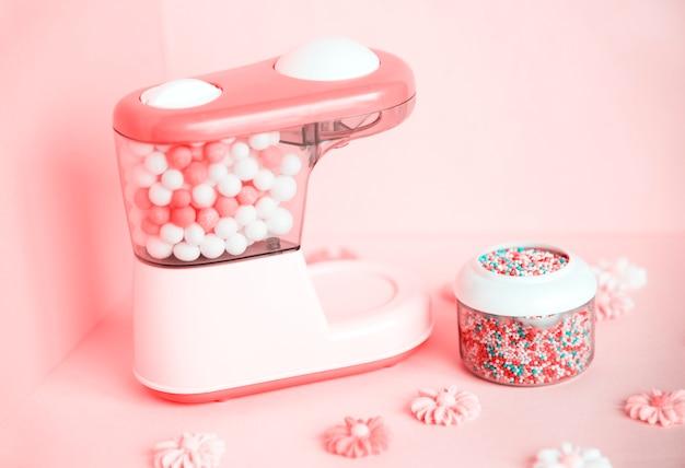 Красочная и яркая машина для конфет Бесплатные Фотографии