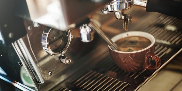 コーヒーマシンのクローズアップ 無料写真