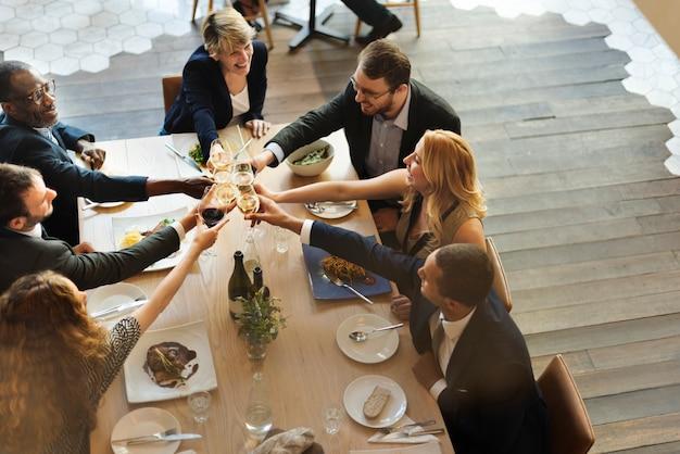 ビジネスチーム祝賀パーティー成功コンセプト 無料写真