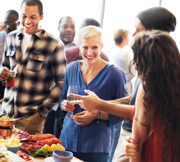 ブランチの選択群衆の食事の食事のオプションコンセプトの食事 Premium写真
