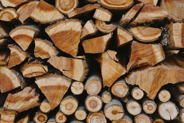 薪のテクスチャ背景のスタック 無料写真