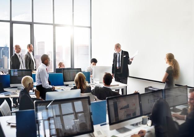 Команда онлайн биржи Premium Фотографии