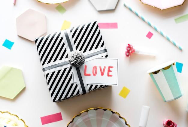 バレンタインギフトボックスサプライズ 無料写真