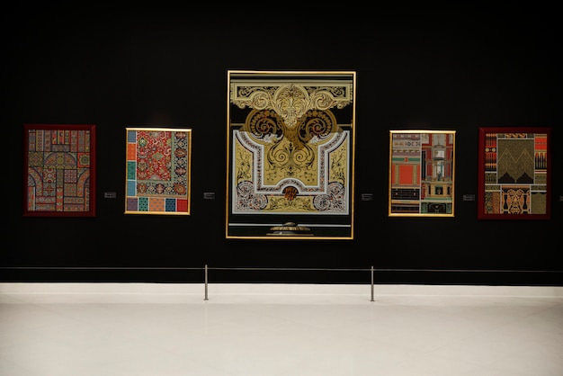 Концепция галереи античного искусства Premium Фотографии