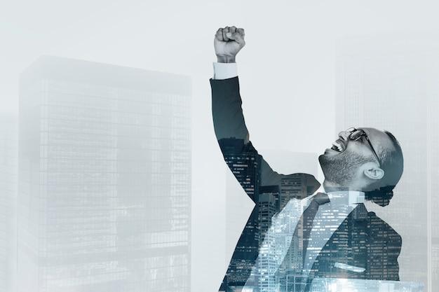 Счастливый успешный бизнесмен Бесплатные Фотографии