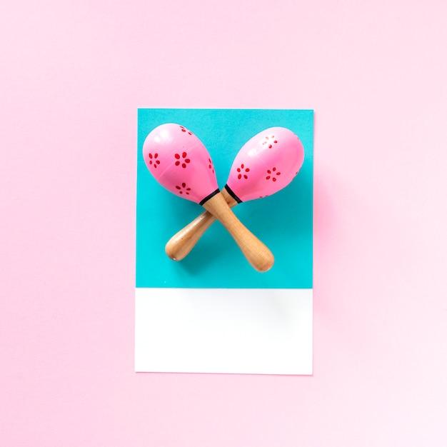 Пара розовых маракасов Бесплатные Фотографии
