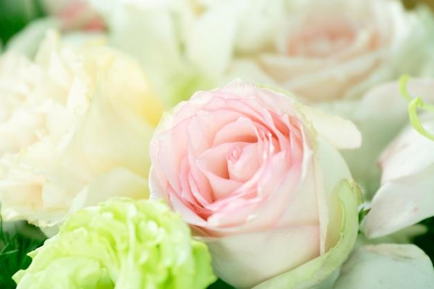 Ветки красивых цветов, букет свадебных украшений Premium Фотографии