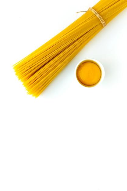 Ассорти сырой итальянской пасты Premium Фотографии