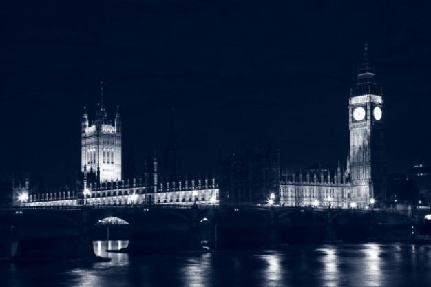 夜のロンドン国会 無料写真