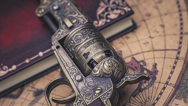 Старинное огнестрельное оружие Premium Фотографии