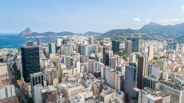Воздушное изображение городского рио-де-жанейро, бразилии. Premium Фотографии