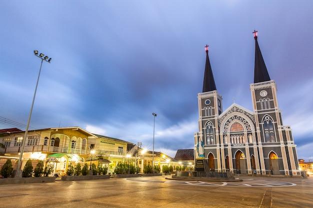チャンタブリー教会 Premium写真