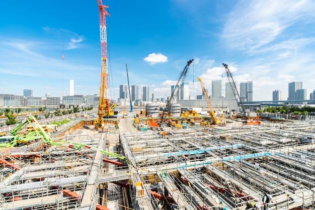 日本で働く建設現場 Premium写真