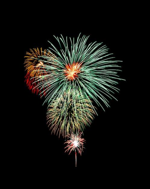 Красивый свет для празднования праздничного красочного фейерверка на ночном небе Premium Фотографии