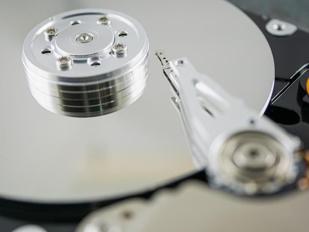 Внутри жесткого диска Premium Фотографии