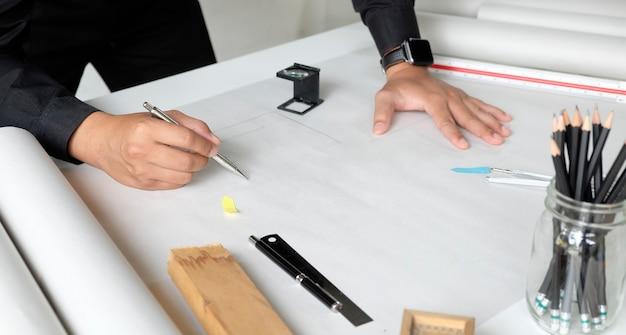 建築家設計作業スケッチスケッチ計画青写真 Premium写真