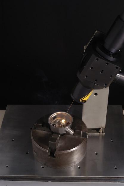レーザー加工業 Premium写真