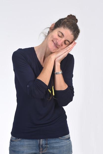 Спящая женщина Premium Фотографии