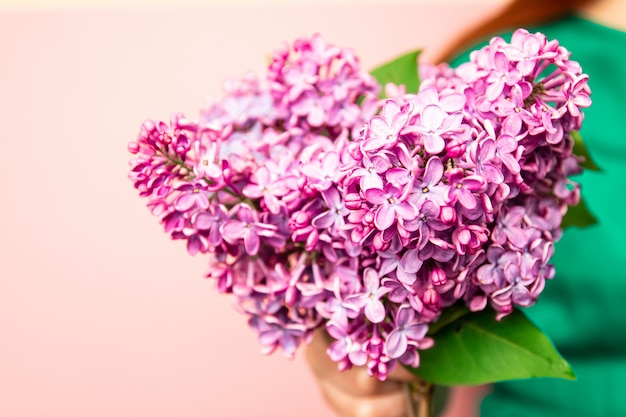ライラックの春の花束の組成 Premium写真
