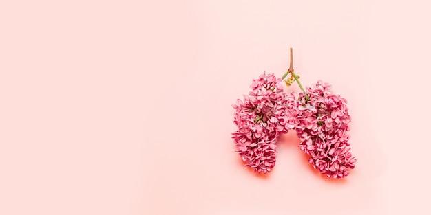 淡いピンクの形のピンクの花 Premium写真