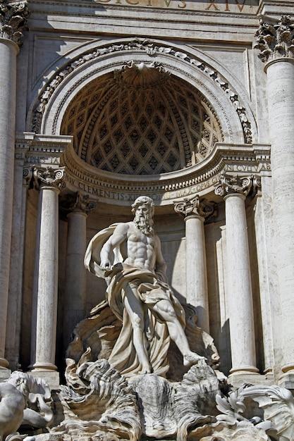フォンタナディトレヴィ、ローマ、イタリア Premium写真