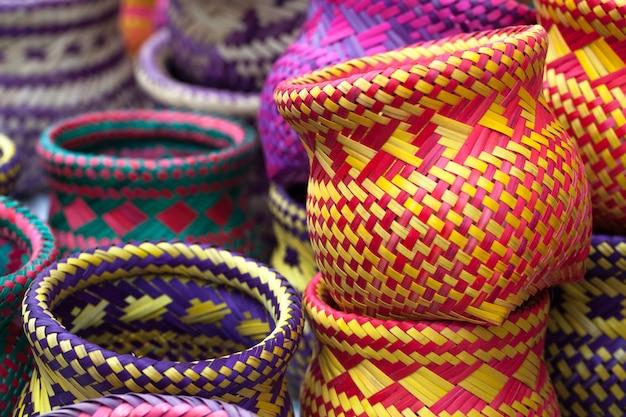 パラチの原住民によって作られたインドの手工芸品 Premium写真