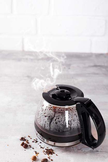 コーヒー豆のコーヒー豆充填 Premium写真