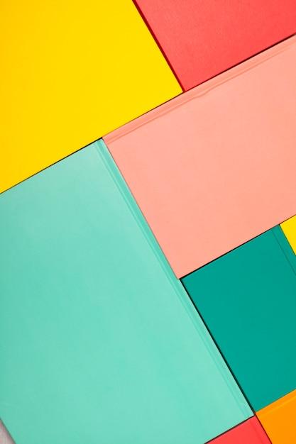 空の色の本のカバーの背景。モックアップ、コピースペース。研究、読書、文化のコンセプト Premium写真