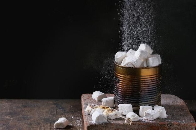 Домашний ванильный зефир Premium Фотографии