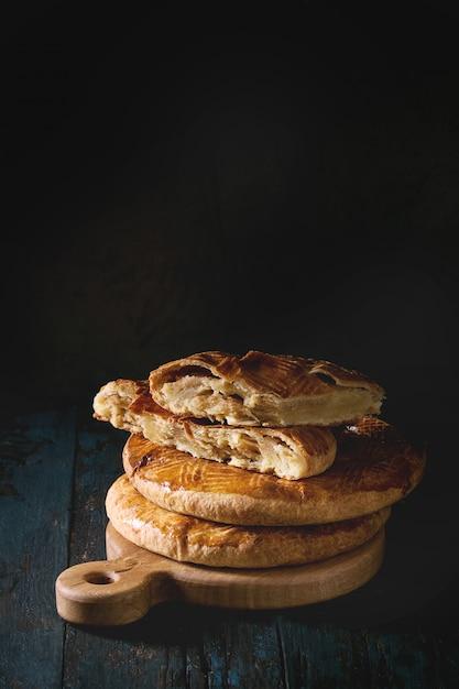 伝統的なアルメニアケーキ Premium写真