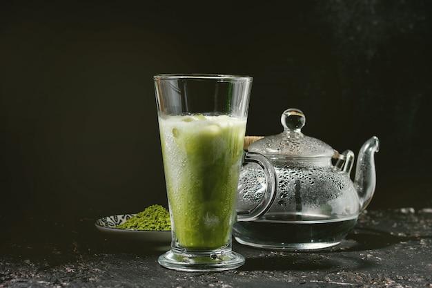抹茶アイスラテ Premium写真