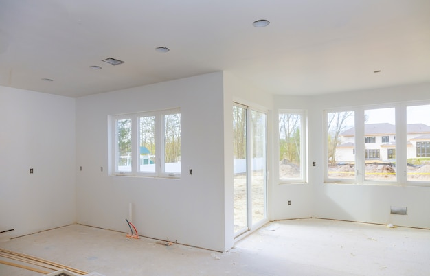 建設中の住宅新しい追加改造段階。 Premium写真