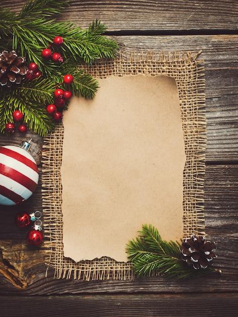 新年のご挨拶用の空白のシート Premium写真