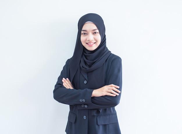 イスラム教徒の少女の仕事の肖像画 Premium写真