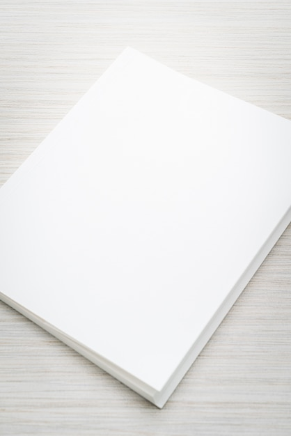 空白の白いモックアップブック 無料写真
