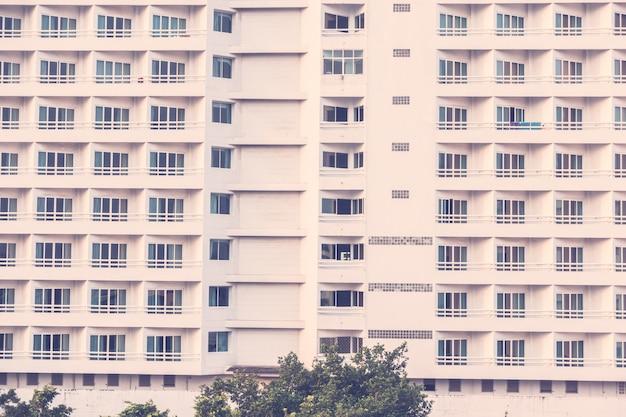 Окна шаблонов текстур экстерьера здания Бесплатные Фотографии