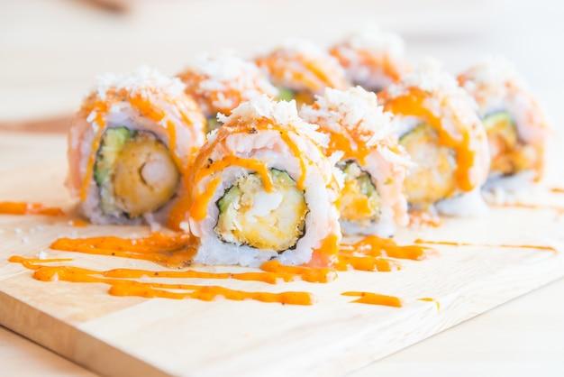 サーモン寿司ロール 無料写真