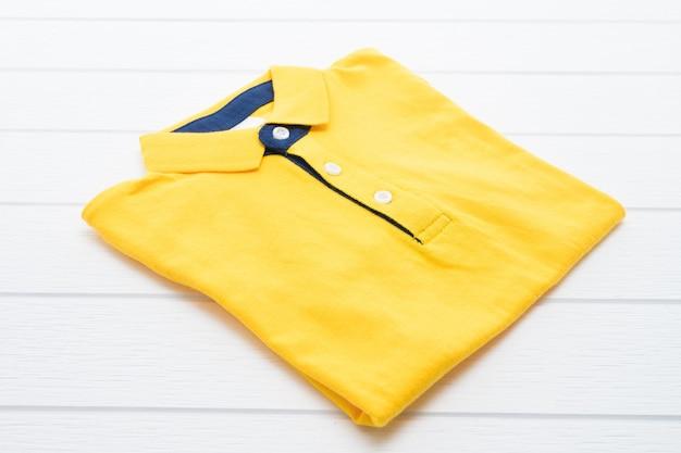 シャツと服 無料写真
