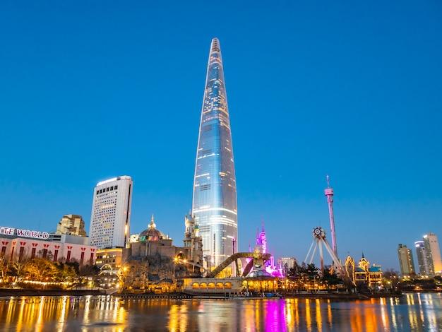 美しい建築物ロッテタワー 無料写真