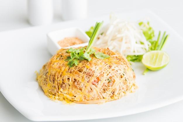 パッタイ麺 無料写真