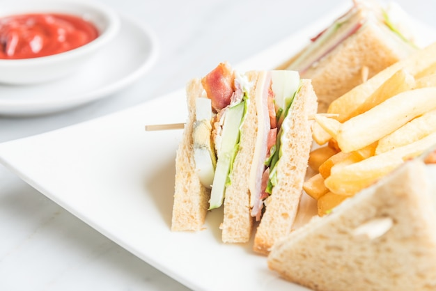 クラブサンドイッチ 無料写真
