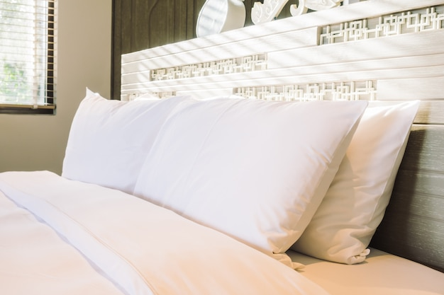白い枕 無料写真