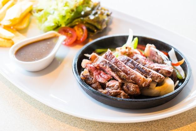 ステーキ肉と肉 無料写真
