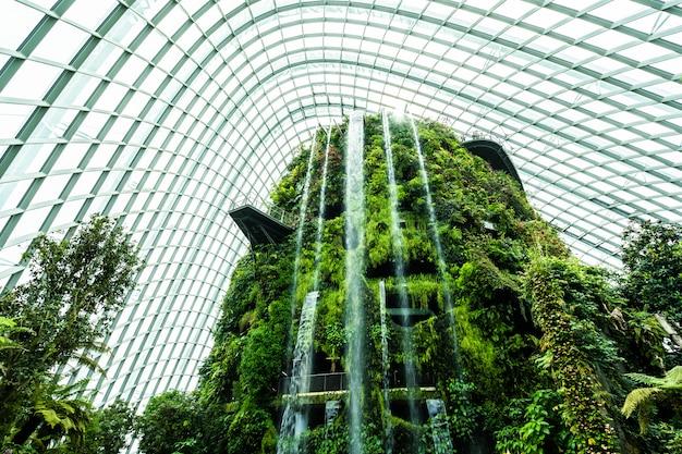 Цветочный купол сада и тепличного леса для путешествий Бесплатные Фотографии