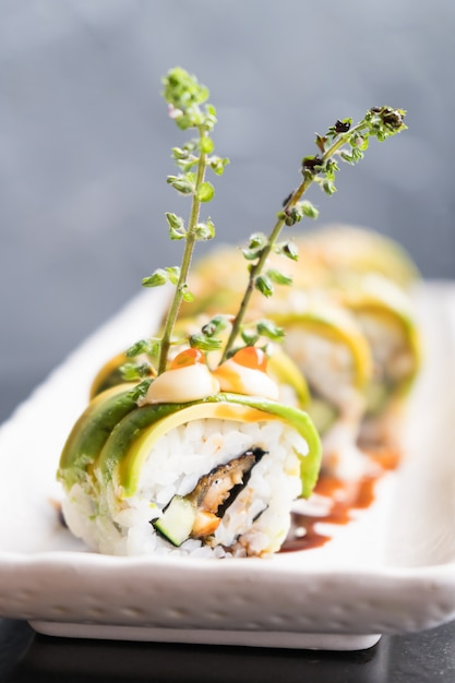 アボカド寿司 無料写真