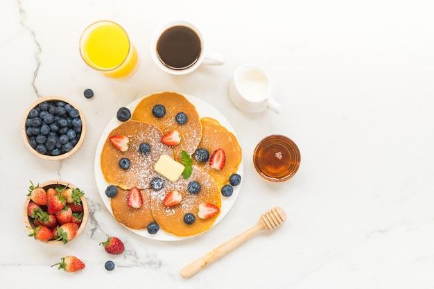 健康的な朝食セット 無料写真
