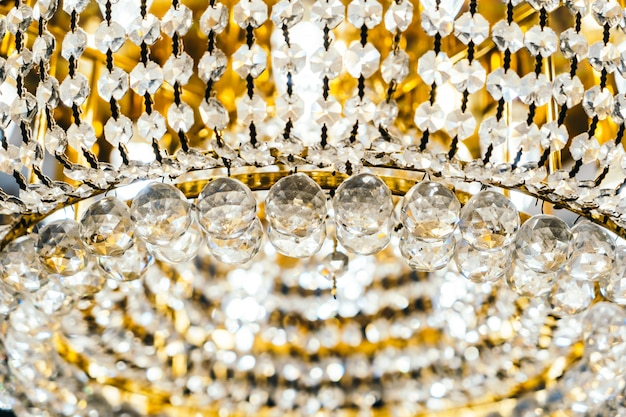 美しい高級クリスタルシャンデリア装飾インテリア 無料写真