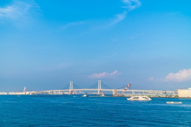 横浜橋の美しい外観 無料写真