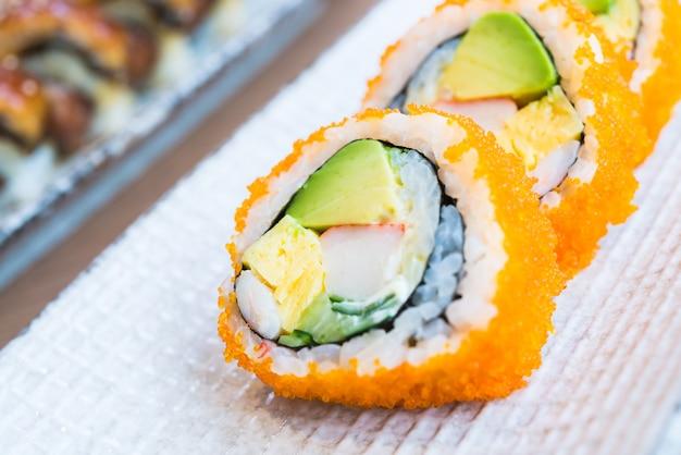 カリフォルニアの巻き寿司 無料写真